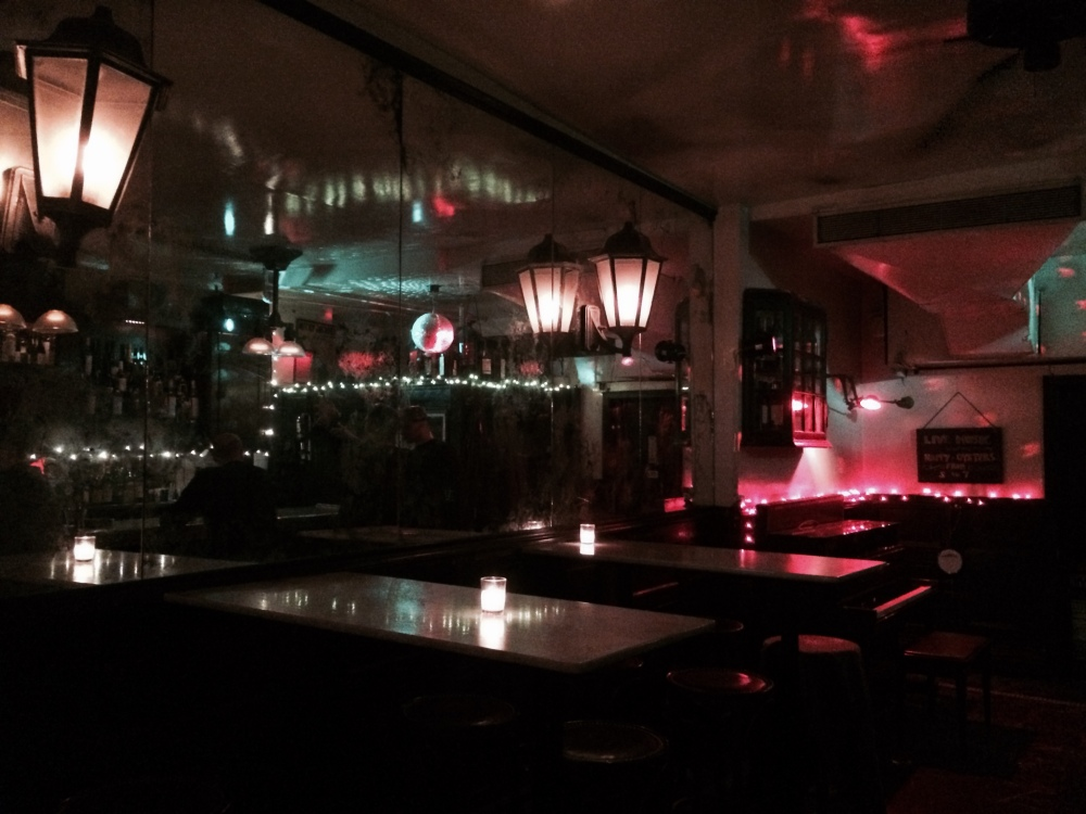 Wine bar 4